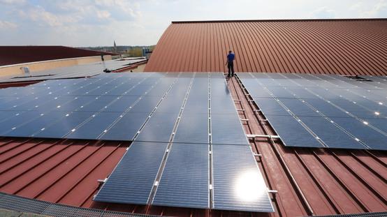 Photovoltaikanlage auf dem Sportkomplex Mozartstraße